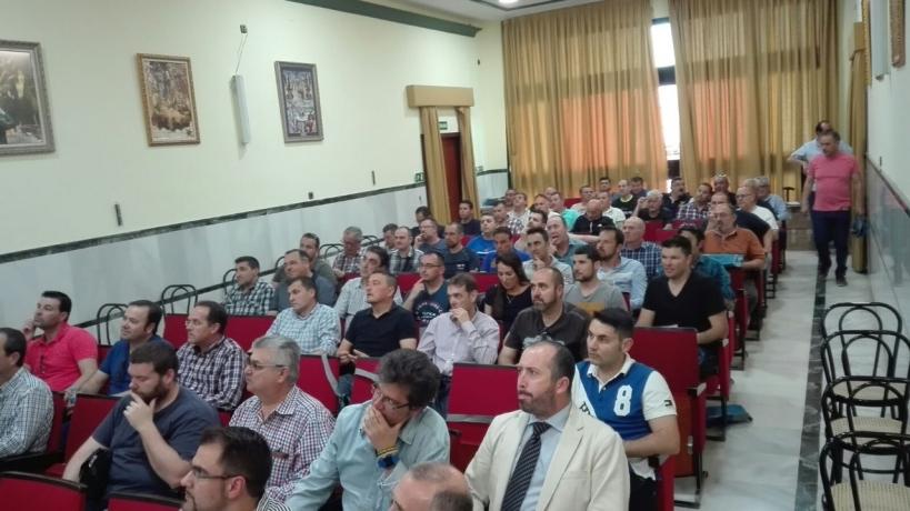 Asistentes a la AGO de AUGC Sevilla