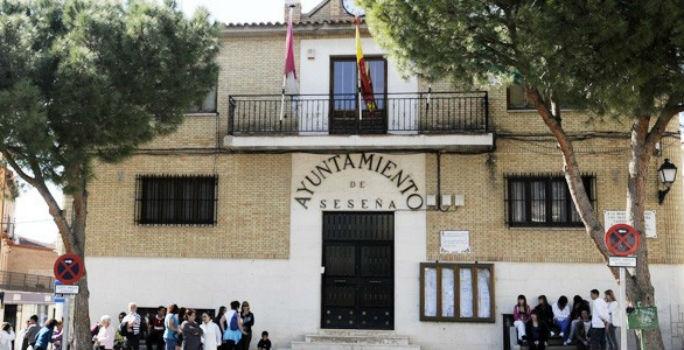Fachada del Ayuntamiento de Seseña (Toledo)
