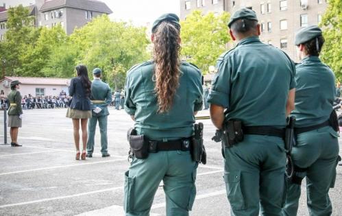 Guardias civiles, de servicio en un acto protocolario