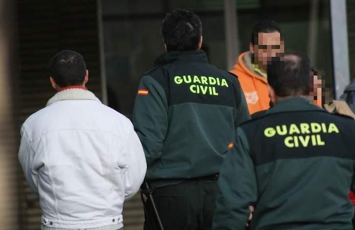 Los guardias civiles deben trabajar en más ocasiones de las deseadas sin las adecuadas medidas de prevención de riesgos laborales.