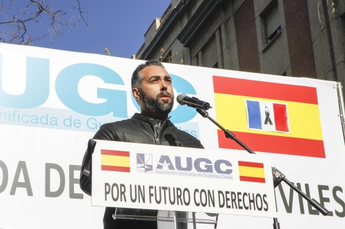 Rubén Sánchez, en un momento de su intervención ante los guardias civiles en la manifestación del 14N