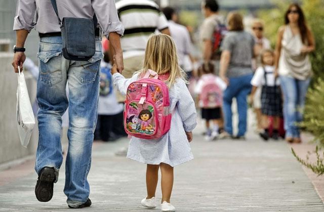 Muchos guardias civiles con hijos en edad escolar esperan con agustia la publicación de los nuevos destinos.
