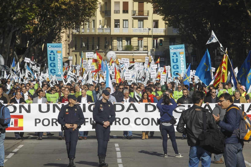 Imagen de archivo de la Marea de Triconios, la manifestación celebrada el pasado 14 de noviembre en la que 12.000 guardias civiles y familiares salieron a la calle para protestar contra su falta de derechos sociolaborales.