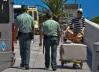 Dos guardias civiles en su jornada de trabajo
