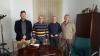 Los representantes de AUGC Córdoba posan con el alcalde de Alcaracejos.