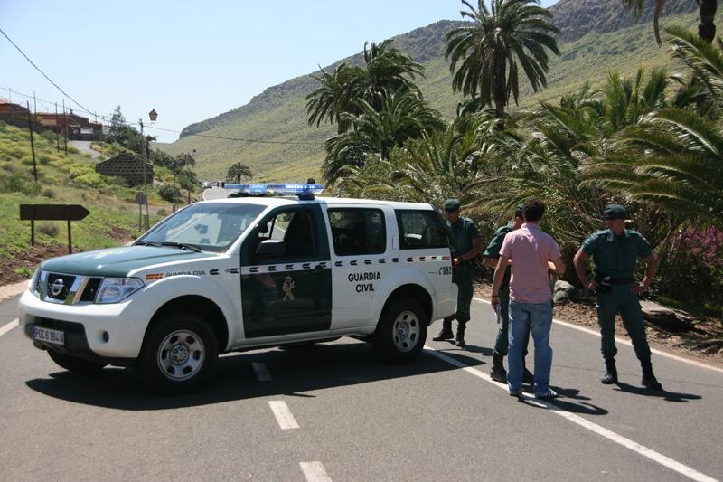 Una unidad de la Guardia Civil en el municipio de Santa Lucía (Las Palmas)