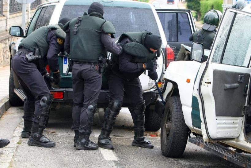 Guardias Civiles durante una actuación en la zona fronteriza