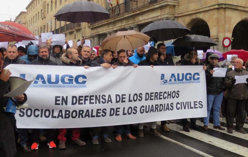 Manifestación de AUGC en defensa de los derechos de los guardias civiles