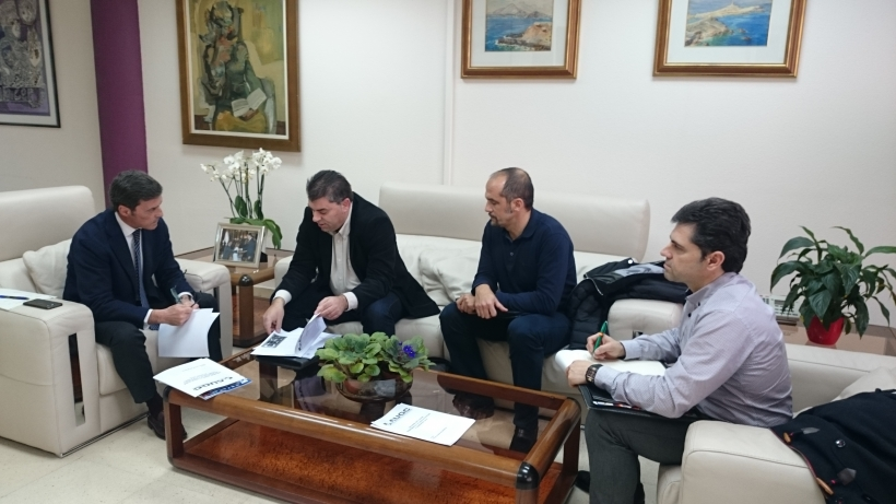 Un momento de la reunión entre los representantes de AUGC Murcia y el Delegado del Gobierno en la Región.