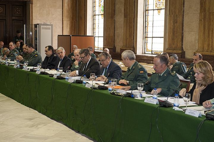 El Ministro del Interior, Juan Ignacio Zoido, presidió ayer el Pleno del Consejo de la Guardia Civil