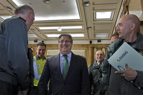 El Ministro del Interior, Juan Ignacio Zoido, con los representantes de AUGC en el Consejo.