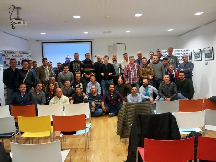 Asistentes a la reunión de vocales de AUGC celebrada en la localidad albaceteña de Almansa