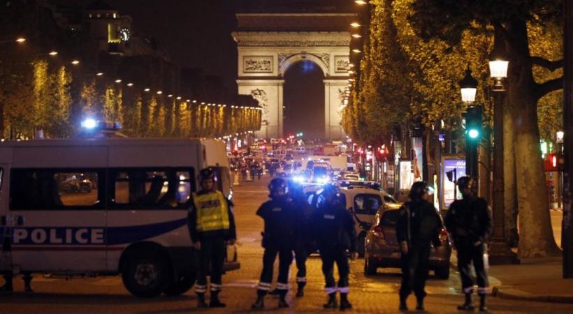 Los Campos Elíseos de París, cortados tras el atentado del pasado 20 de marzo.