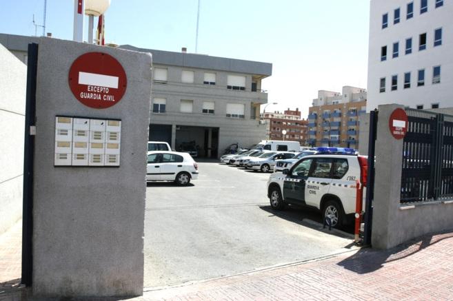 Puesto de la Guardia Civil de Torrevieja, donde se  incumplen los descansos de los trabajadores.