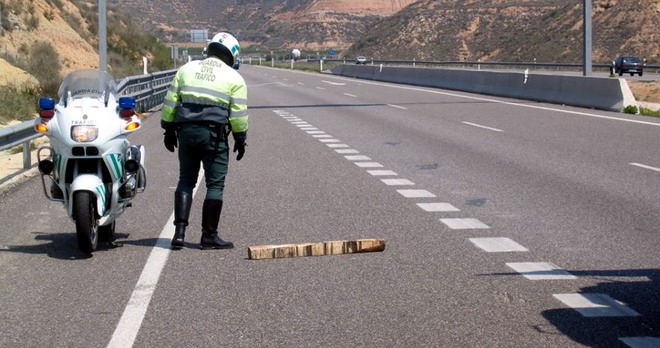 Un guardia civil durante un servicio.