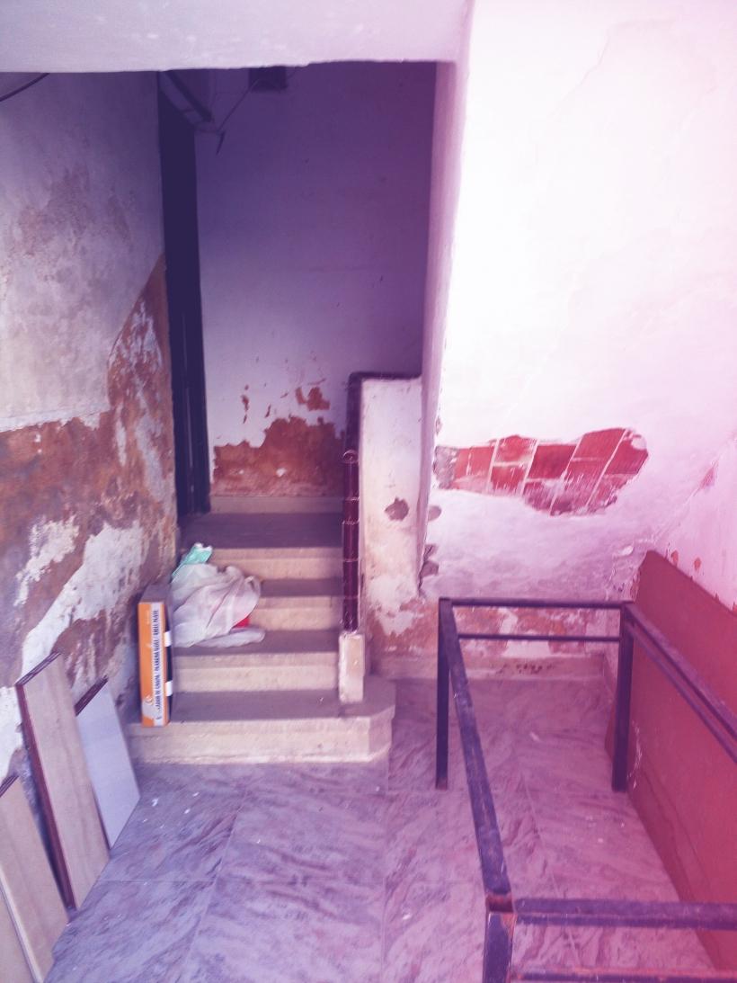 Estado de una vivienda en un cuartel de Murcia.