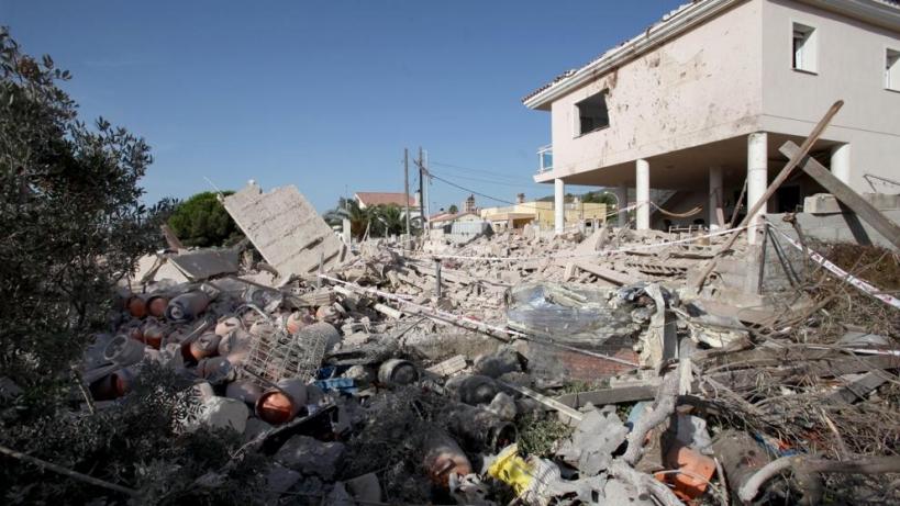 Estado del chalet de Alcanar tras la explosión que tuvo lugar el día anterior a los atentados.