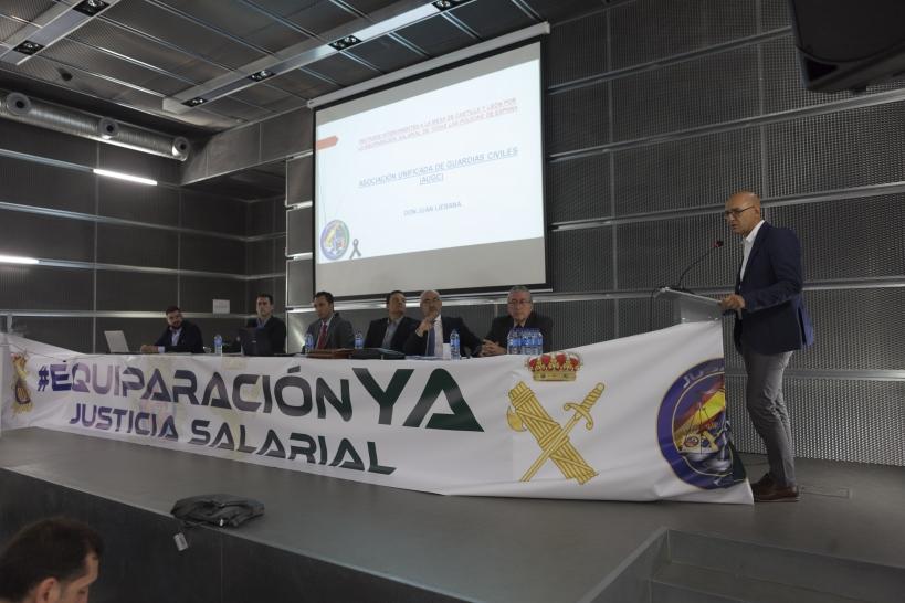 Juan Liébana, secretario de Relaciones Institucionales de AUGC, durante su intervención en el acto convocado por JUSAPOL el pasado septiembre en Palencia.
