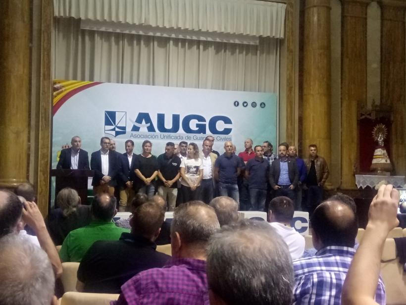 Los candidatos de AUGC a las elecciones al Consejo, en el estrado del histórico acto electoral que se celebró el pasado martes 17 de octubre en la sede de la Dirección General de la Guardia Civil.