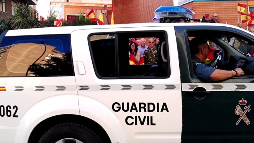 Guardias Civiles destinados en Guadalajara, en su salida hacia Cataluña.