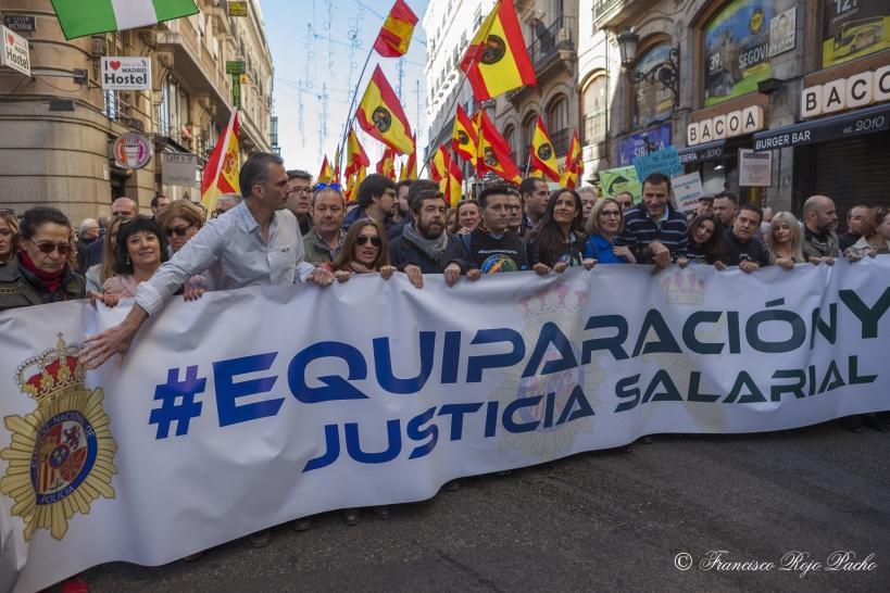 Pancarta que encabezaba la manifestación del sábado 18 de noviembre en Madrid.