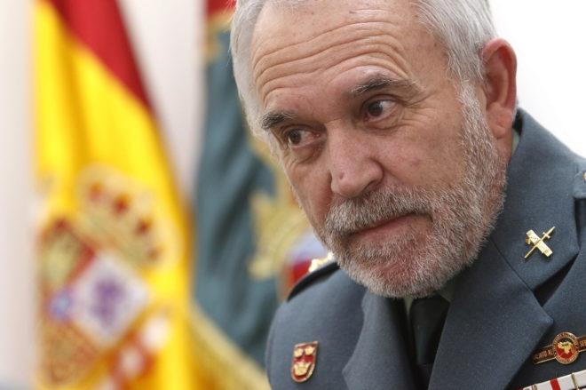 El coronel jefe de la Guardia Civil de Alicante, durante la entrevista. Foto: ROBERTO PÉREZ