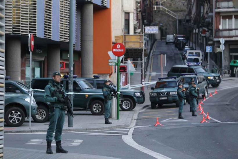 Imagen de archivo de un operativo de la Guardia Civil en Bilbao.