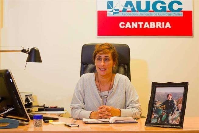 Pilar Villacorta, una de las representantes de AUGC expedientadas por defender sus derechos.