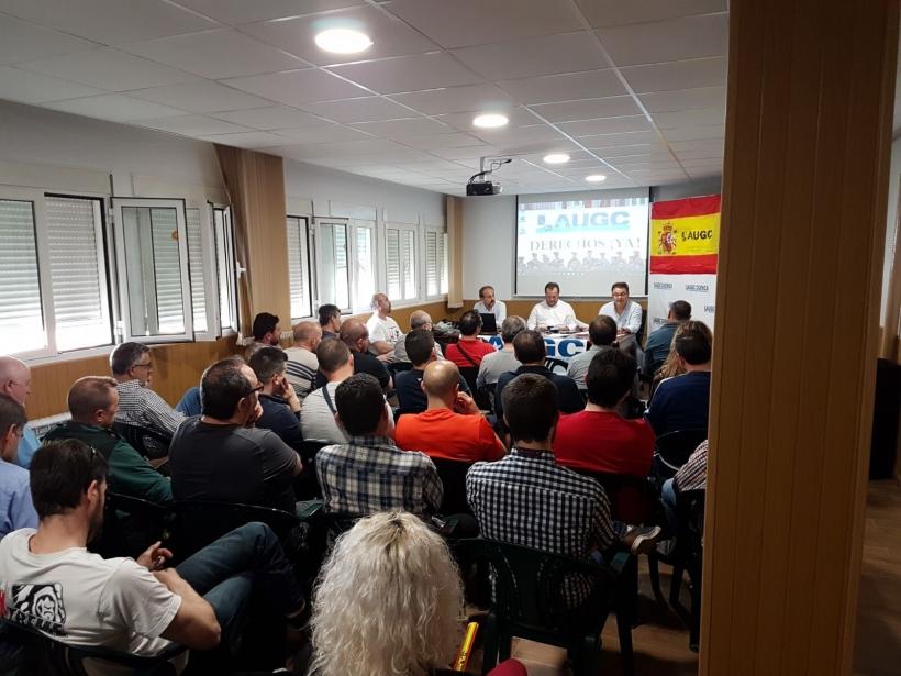 Los afiliados de AUGC Cuenca llenaron la sala donde se celebró la asamblea.