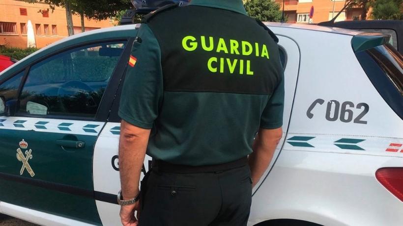 El borrador de la Orden General pretende regular distintas cuestiones del aspecto de los guardias civiles, como la extensión del bigote o los tatuajes.
