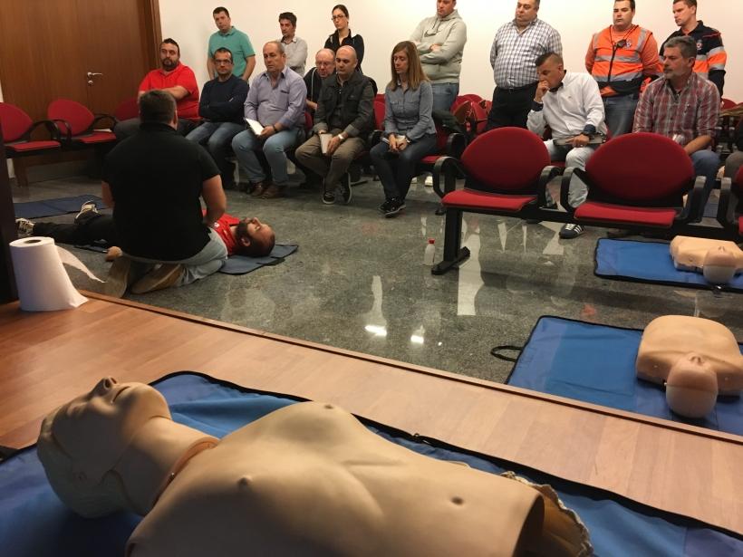 Imagen del curso sobre técnicas de reanimación impartido por AUGC Toledo a sus afiliados.