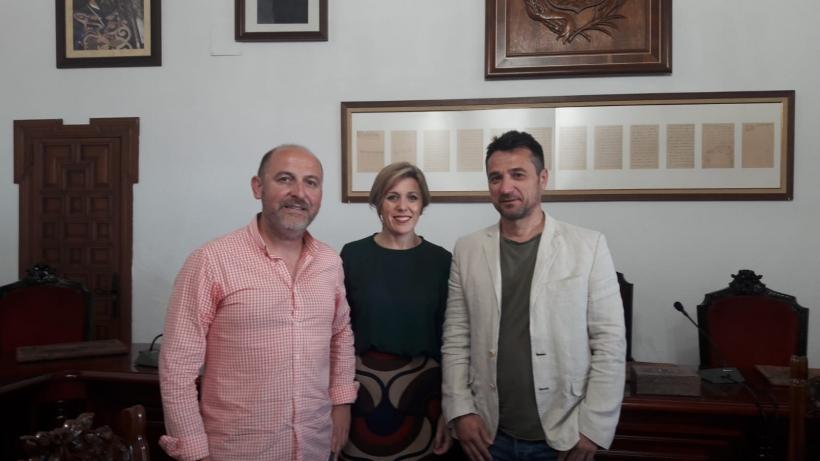 Representantes de AUGC Córdoba con la Alcaldesa de Montoro