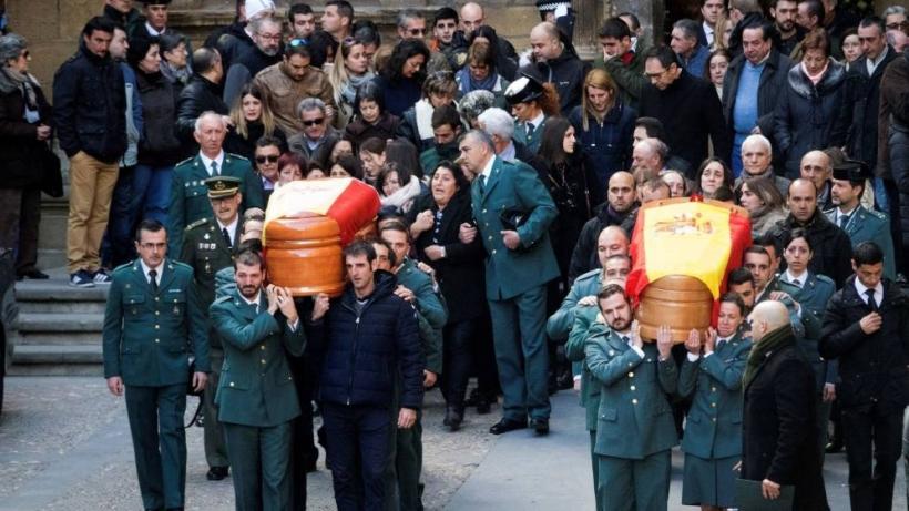 Despedida multitudinaria en Alcañiz (Teruel)  a los dos compañeros asesinados por Igor el Ruso.