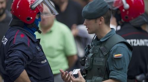 Las Fuerzas y Cuerpos de Seguridad realizan a diario una labor encomiable.