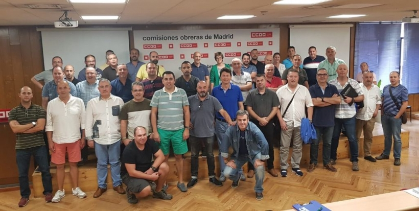 Foto de grupo de los asistentes a la Jornada.