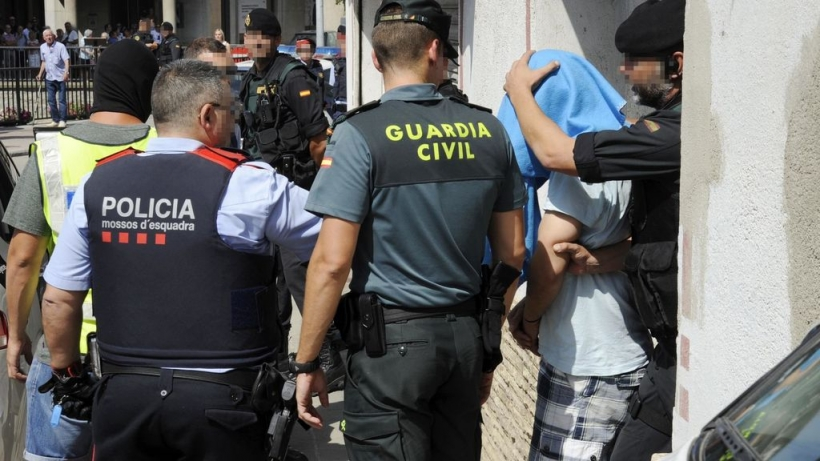 Tras la equiparación, guardias civiles y mossos d'Esquadra pasarán a cobrar lo mismo.