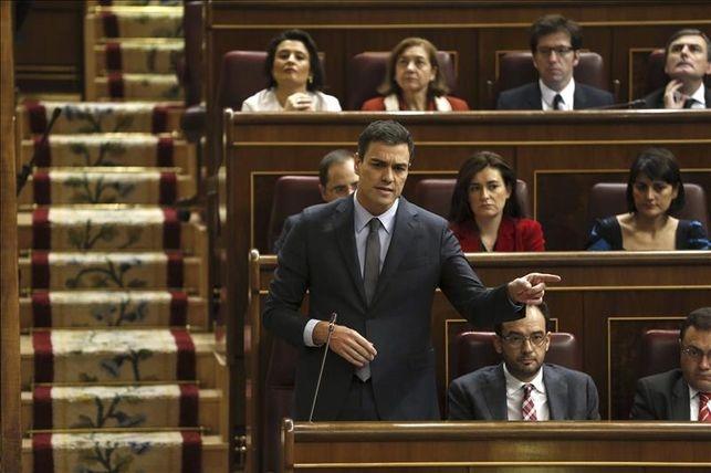 El presidente del Gobierno, Pedro Sánchez, durante una intervención en el Congreso.