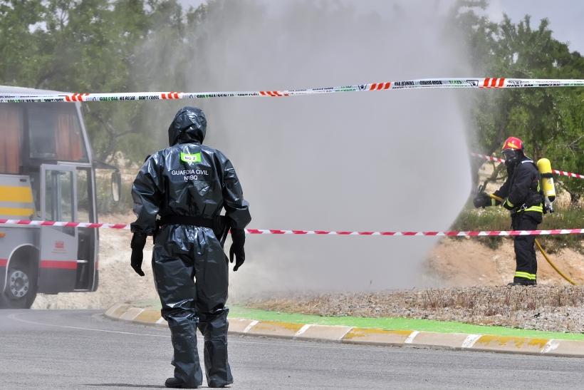 Los guardias civiles se exponen a múltiples riesgos hacia su salud en el desempeño de sus funciones.