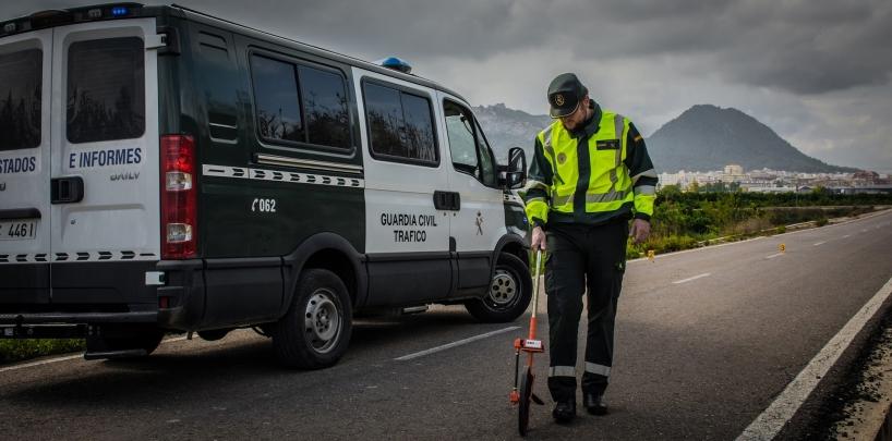 Con turnos de trabajo, los guardias civiles podrían conciliar su vida laboral y familiar.