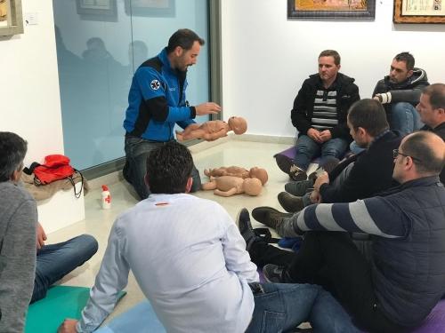 En el curso se impartieron técnicas de primeros auxilios y reanimación.
