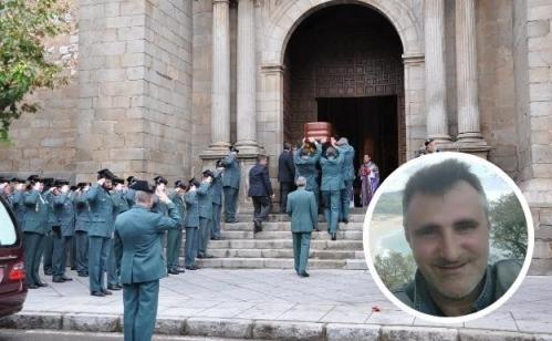 Honras fúnebres de nuestro compañero Juan Francisco (en la imagen pequeña) celebradas en Don Benito.