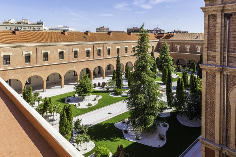Residencia del colegio Infanta María Teresa.