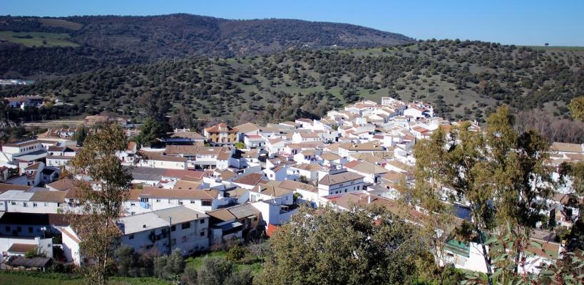 Vista panorámica de la localidad de El Bosque, en la Sierra de Cádiz.