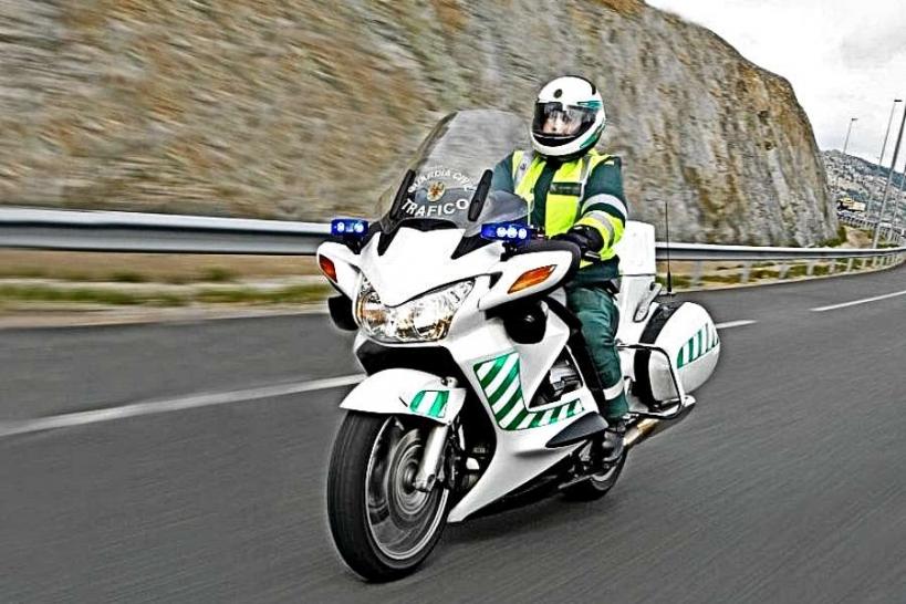Motorista de la Agrupación de Tráfico de la Guardia Civil.