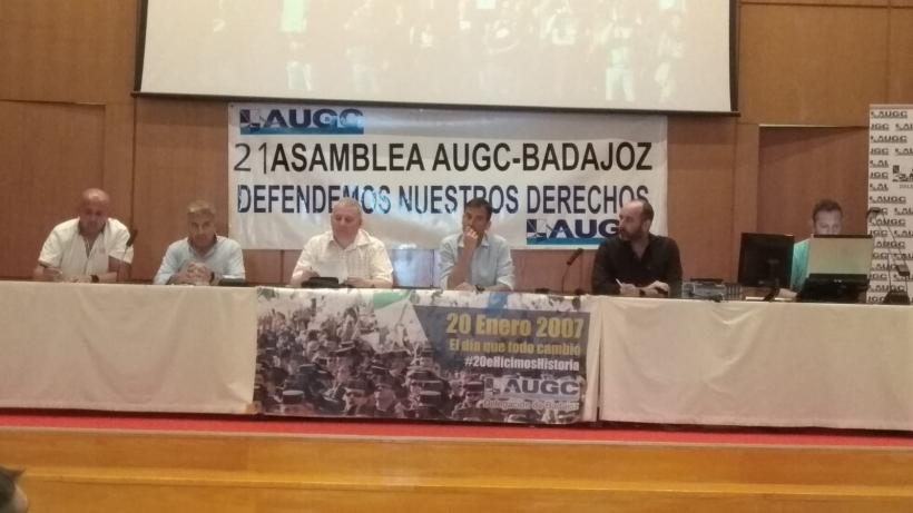 Durante la asamblea se repasaron las actividades llevadas a cabo por la delegación en Badajoz de AUGC durante el último año.