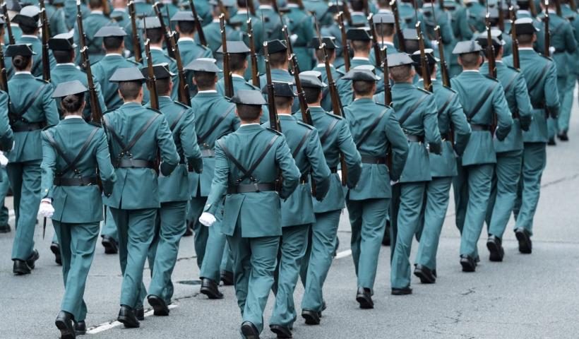 Imagen de archivo de un desfile de guardias civiles.