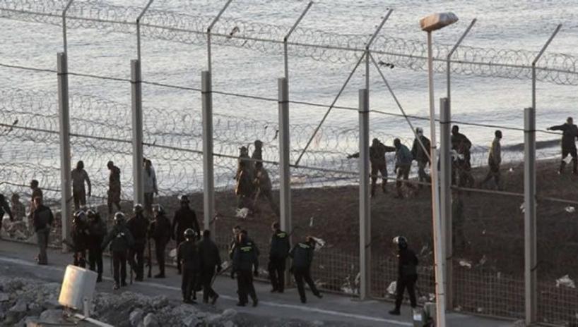 El juzgado de instrucción número 6 de Ceuta ha decretado el sobreseimiento de la causa contra los 16 guardias civiles que actuaron en el Tarajal, en Ceuta, el 6 de febrero de 2014.