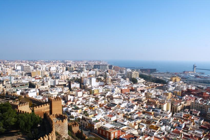 Vista panorámica de la ciudad de Almería.