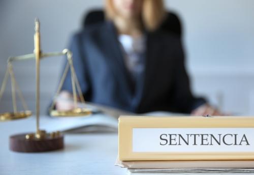 Otra sentencia favorable a los servicios jurídicos de AUGC.