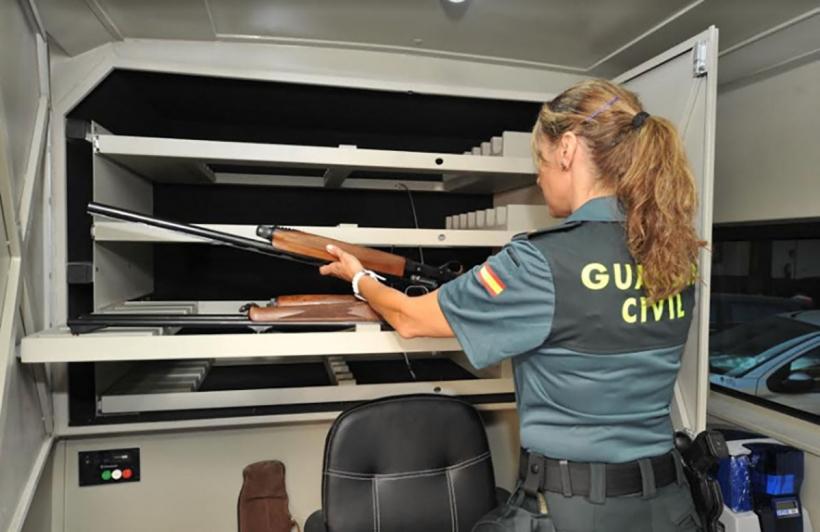 Actualmente la especialidad de Armas y Explosivos la componen unos 1.500 especialistas.
